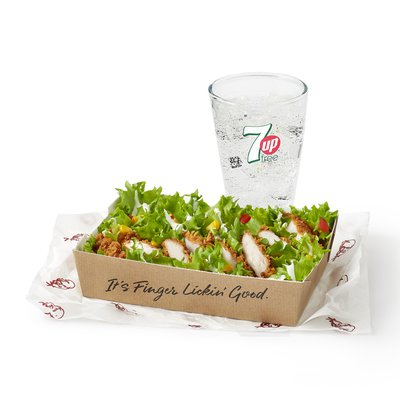 Zinger Salad with a Drink Under 600kcal